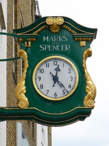 Marks_and_Spencer_clock,_Queen_Street,_Oxford_-_geograph.org.uk_-_2358682